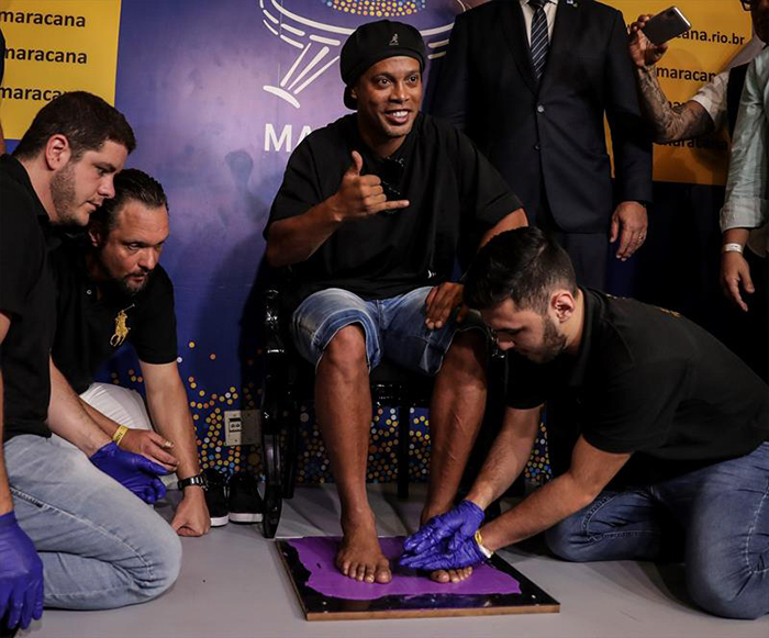 NO USAR - Ronaldinho, homenaje en el maracana (6)