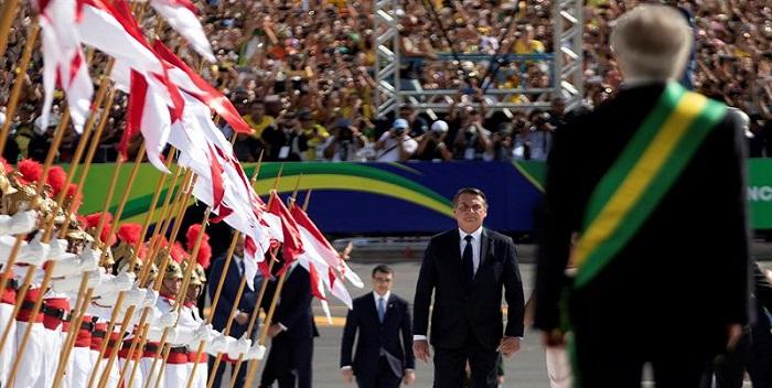 jair bolsonaro, recibe banda presidencial (5)