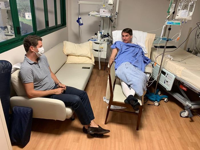 Bolsonaro hospitalizado_opt