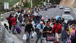 Caminantes, venezolanos, frontera, migracion,