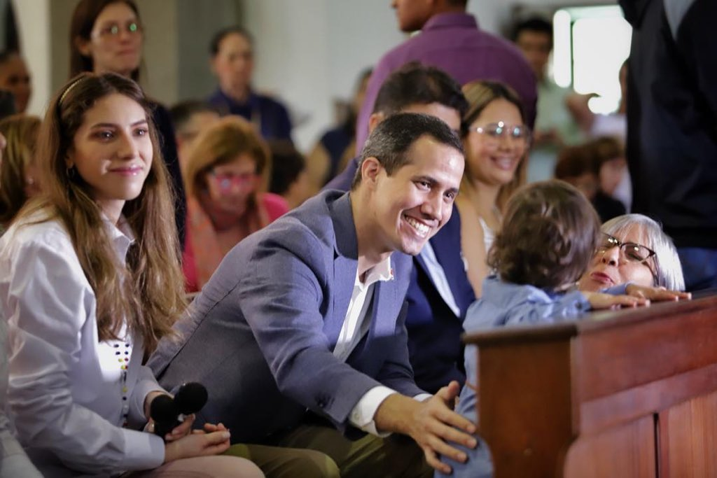 Guaidó desde Iglesia La Guadalupe en Las Mercedes