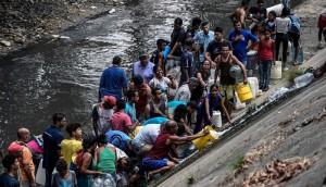 Recogen agua del río Guaire_opt