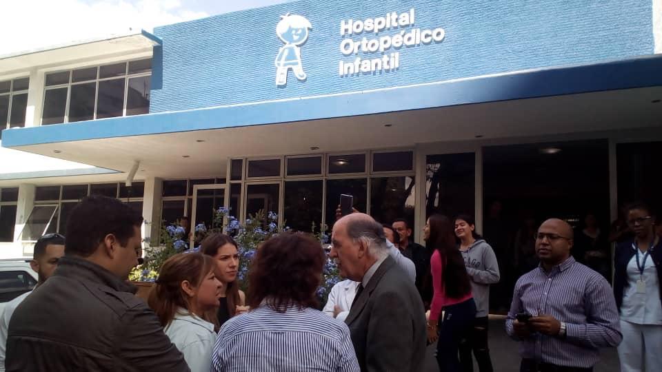 Fabiana Rosales visita hospitales de Caracas