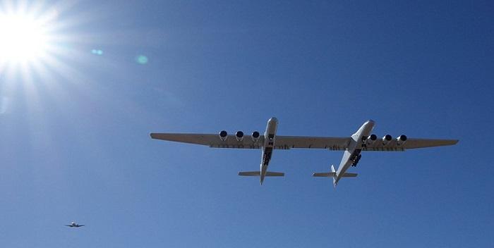 Stratolaunch, avion mas grande del mundo (1)