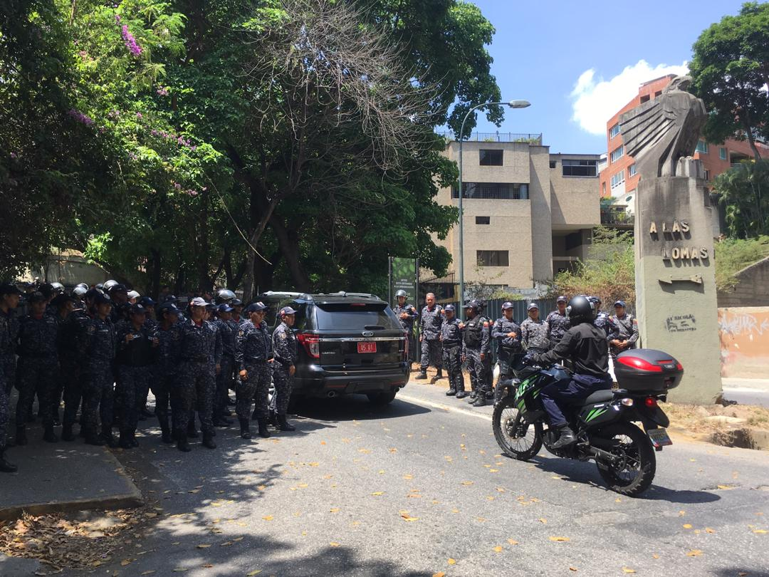 manifestantes, embajada de rusia 6