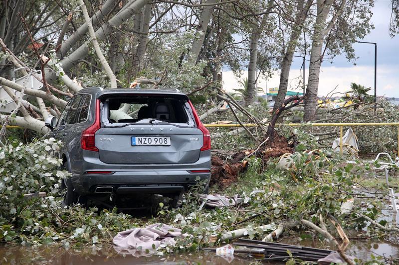 Siete muertos y decenas de heridos por temporal en el norte de Grecia