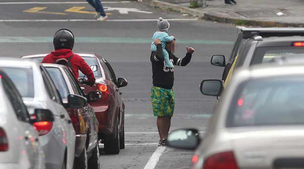 Venezolanos en la mendicidad